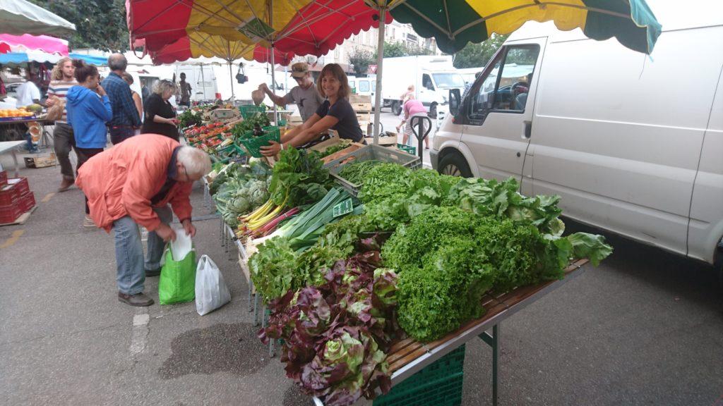 Le banc du Jardin de Pagnac au marché Marceau